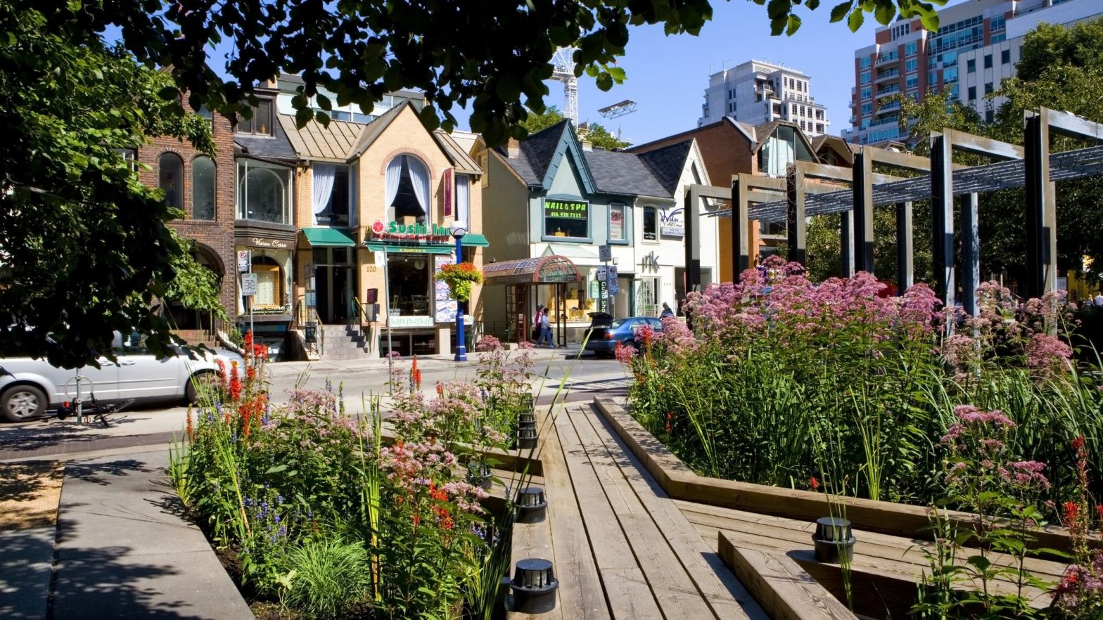 Luxury Shopping Spots In The Bloor-Yorkville Area